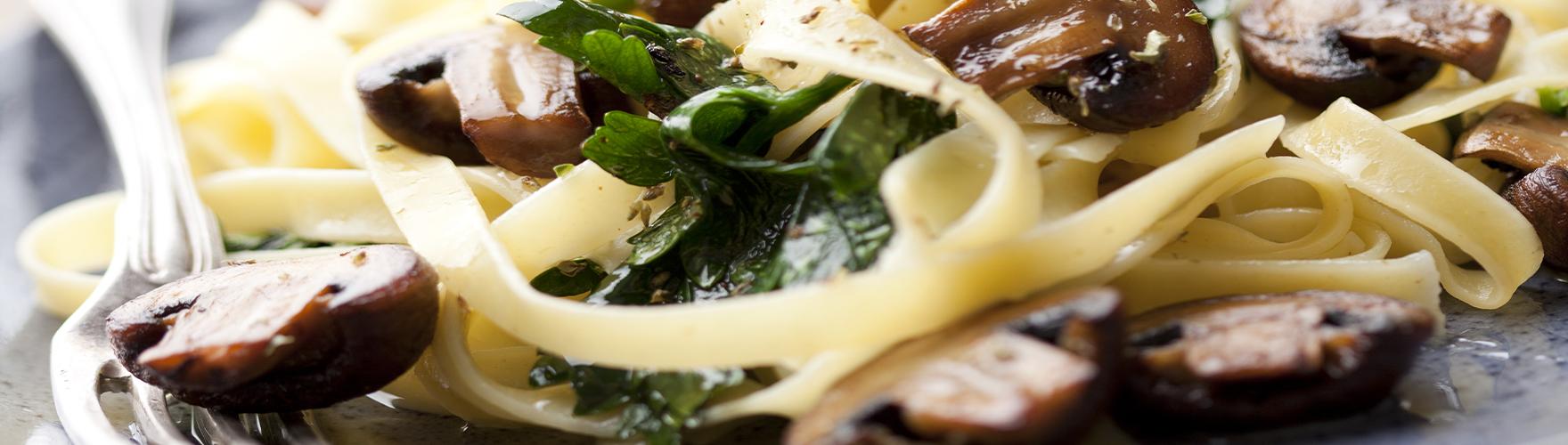 Pappardelle tészta gombával és ERU à la Truffe sajttal