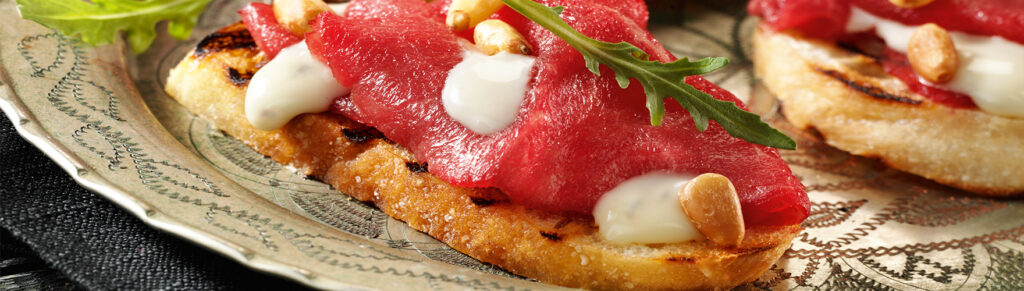 Crostini with carpaccio