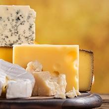 O que contém o queijo fundido ERU?