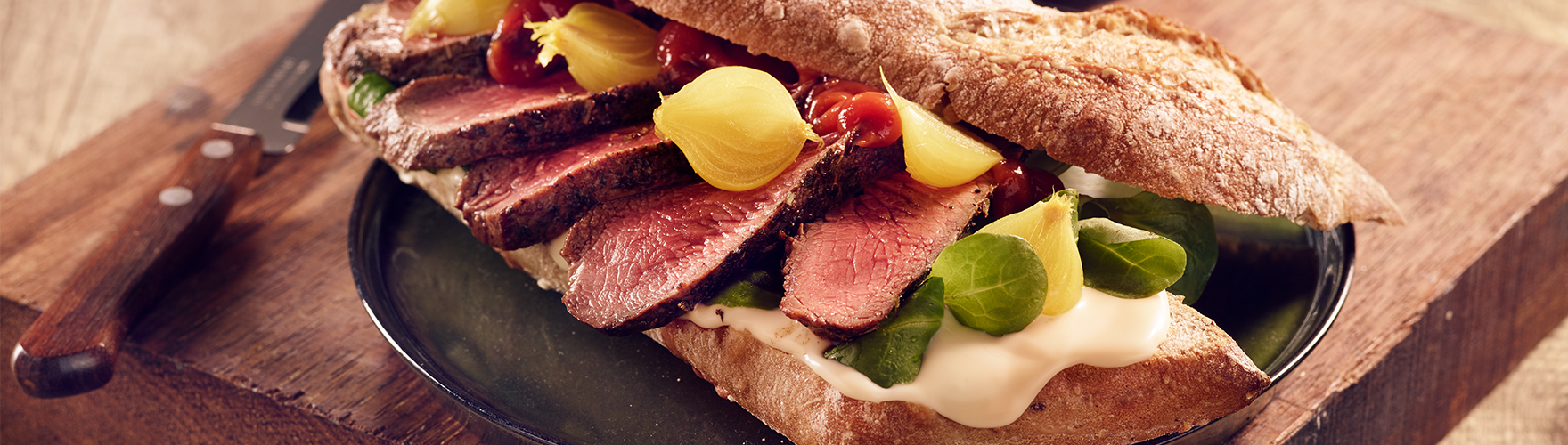 ERU Spreadable Gouda Extra Aged Steak Sandwich
