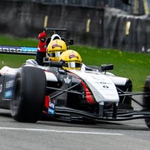 Win een rit in de F1 Two-Seater met Robert Doornbos