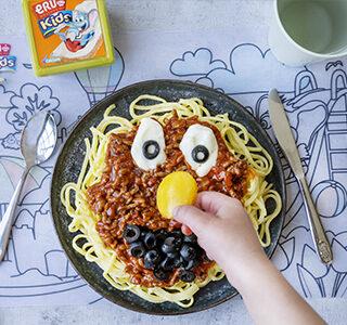 Spaghetti met rode saus en ERU Kids